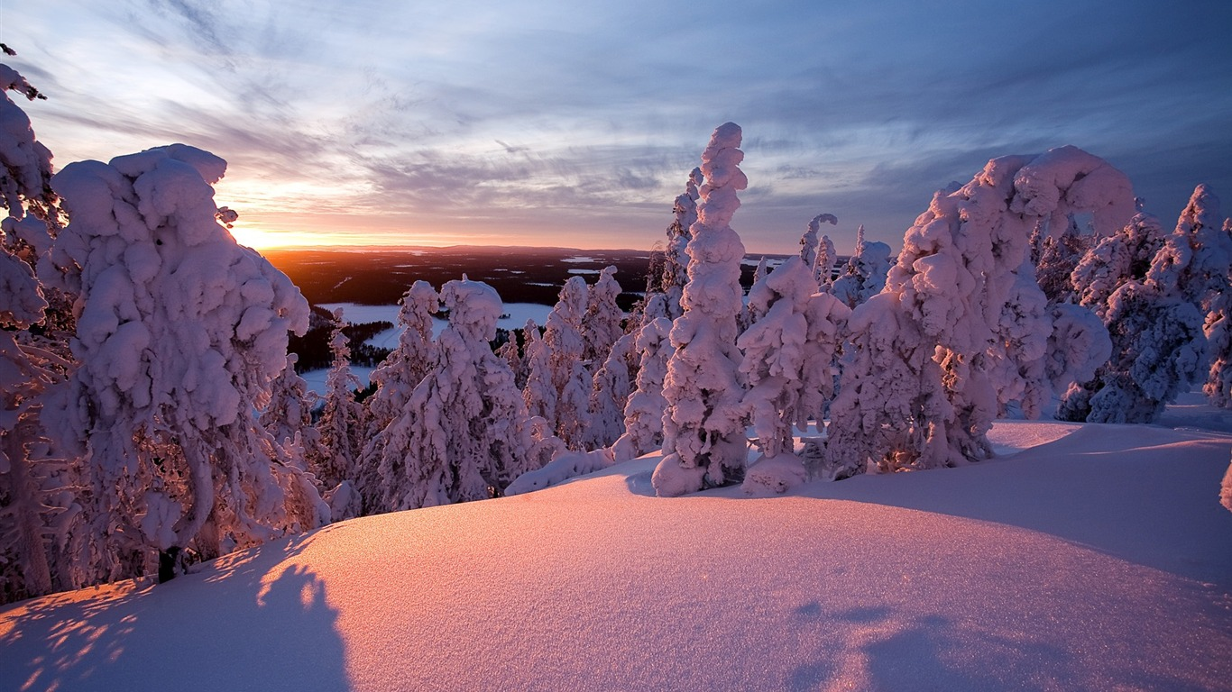winter_lapland_finland-desktop_wallpaper_winter_scenery_1366x768